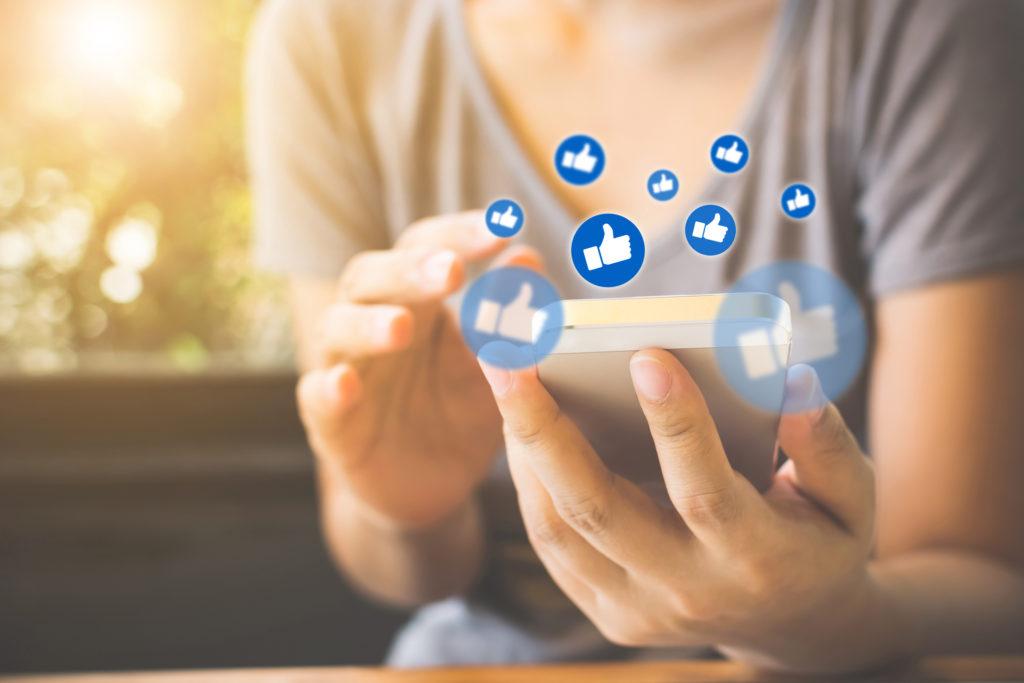Social media use brings instant gratification