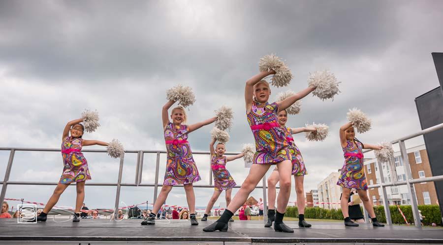 Diana Freedman School of Dance - Bexhill 60s Revolution
